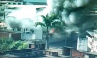 Incêndio consome Loja Calpen Auto Peças na Baixada